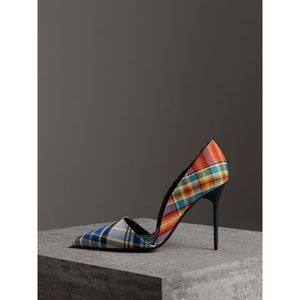 Burberry tartan check pointed d'Orsay pumps 39.5